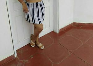 Linda Falda a Rayas
