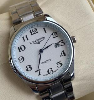Reloj modelo LONGINES color Blanco y Negro