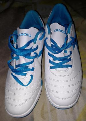 Zapatillas deportivas DIadora talla 40 nuevas