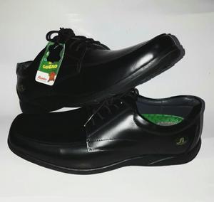 Zapatos Nuevos de Cuero Bata Talla 42