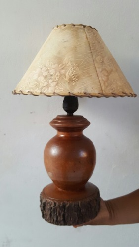 Antigua Lampara Rustica De Madera