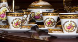 Vajilla De Porcelana Italiana Siglo Xvl De La Realeza