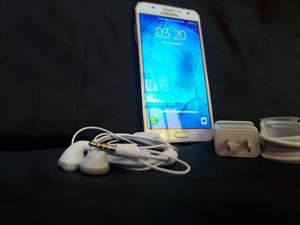 Samsung Galaxy J7 con ACCESORIOS INCLUIDOS