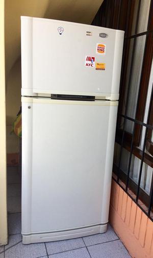Refrigeradora Goldstar Modelo Gr392Cv en Buen Estado