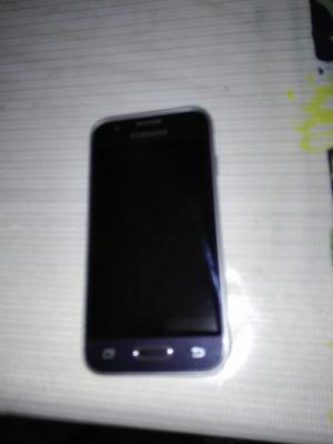 Vendo Celular Samsung Mini J1