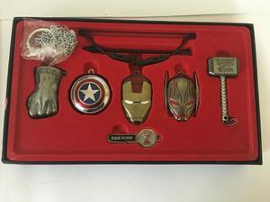 Marvel Avengers Cofre de Emblemas