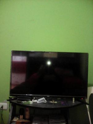 se vende tv smart led nuevo en caja marca NEX