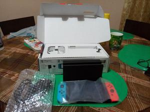 Nintendo Switch con Juego de Regalo