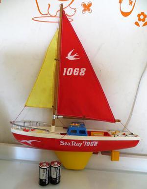 BOTE A PILAS SEA RAY OPERATIVO 70'S