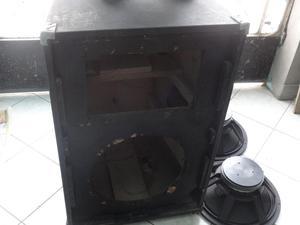 vendo una caja de parlante con dos parlantes de 15 y dos