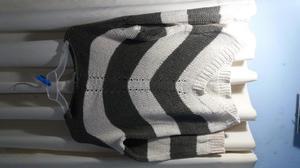 Chompa tejida a rayas talla standard