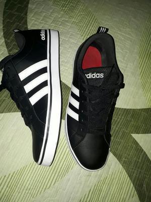 Zapatilla Adidas Original Talla43 Oferta