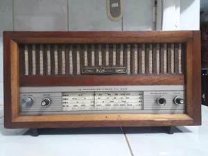 Antigua Radio Jvc.