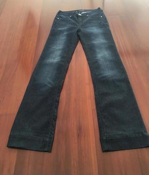 Pantalón jean de mujer usado GUESS auténtico talla 25 como