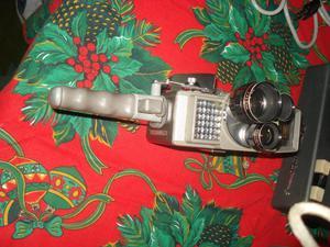 Vendo Filmadora antigua Sankyo y proyector movimaker Agfa