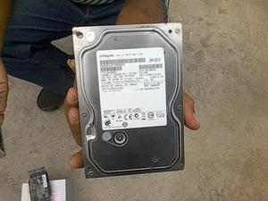 Venta ocasión Disco Duro Interno Marca Hitachi 500 GB