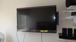 TV. LED LG 42 FULL HD