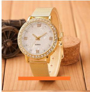 Reloj Dorado Elegante para Mujer