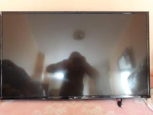 Televisor smart TV LG 43 Pulgadas con Rack