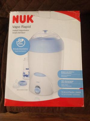 Esterilizador de biberones NUK en caja