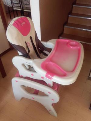 Vendo corral y silla de comer para bebè