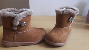 2 pares de zapatos invierno hi tec y botines afelpados talla