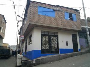 Vendo Casa de Dos Pisos en S. J. L.