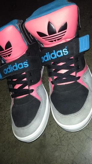 Remató Zapatillas Adidas Talla 39 Origen