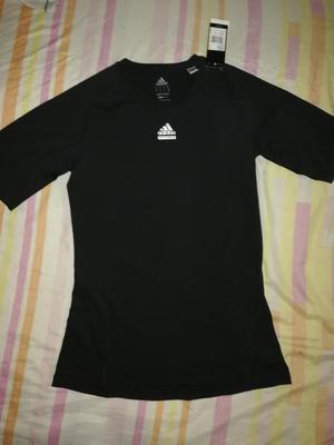 Polo Adidas Techfit Talla M Nike Puma