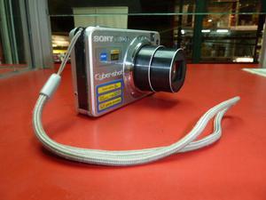 CAMARA DIGITAL SONY 8MP FULL HD,COMO NUEVO MODELO W90 SUPER