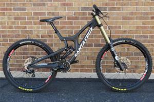 Bicicleta Santa Cruz V10 Fibra de Carbono DH NUEVA aro 29