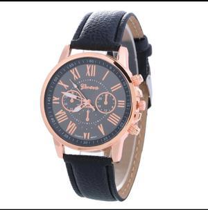 Reloj Geneva Correa de Cuero