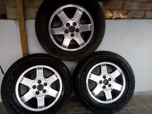 Aros de Aleación con Neumáticos Goodyear