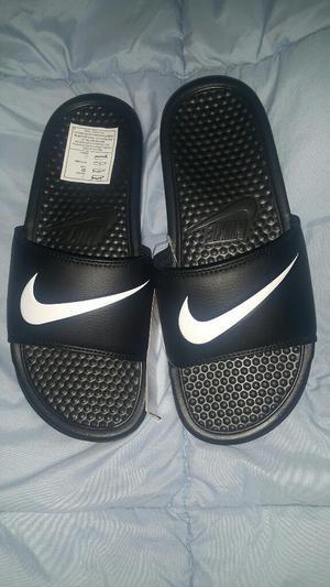 Sandalias Nike