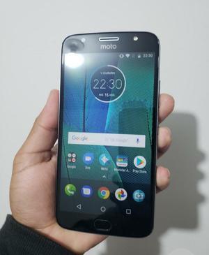 Motorola G5s Plus con Huella