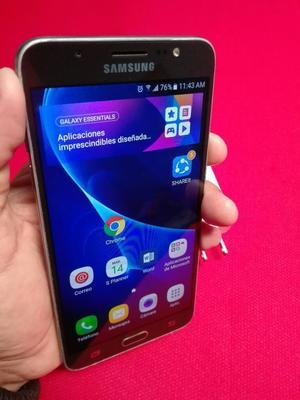 Samsung Galaxy J, Libre, Ram 2gb.