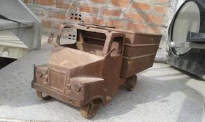 Antiguo Camion de Juguete de Metal