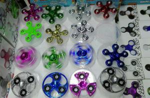 Spinner Nuevo de Metal Y Plástico