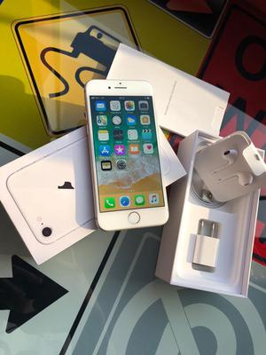iPhone 8 Silver 64Gb Solo 4 Meses de Uso
