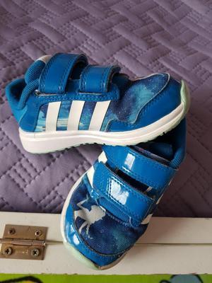 Zapatillas Adidas Talla 25, Crocs C8
