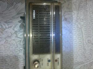Antigua Radio Silvania a Tubos No Funcio