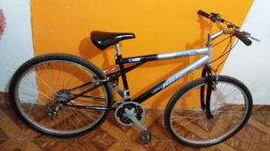 Se vende bicicleta montañera aro 26 de aluminio de 18