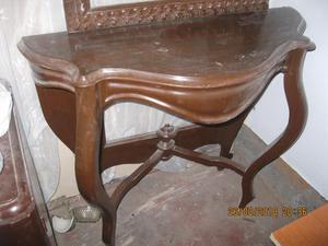 antigua consola de madera y marco para espejo de pared