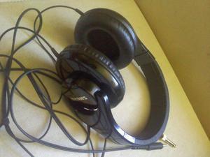 Ambos, Audifonos Shure y Tarjeta Creative SB Sound