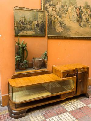 Tocador Tocador de estilo art deco madera de cedro y espejo