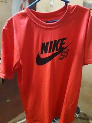 Polo Nike Sb talla M