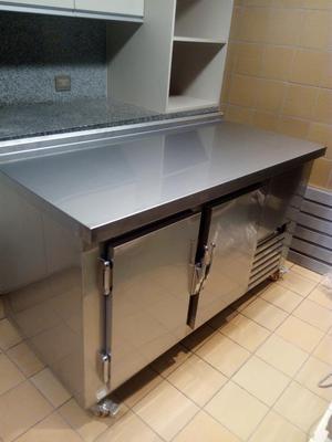 Mesa Refrigerada de Acero Inoxidable