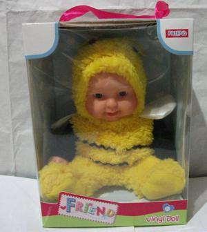Bebe juguete muñeco para niños. Viene en 3 modelos