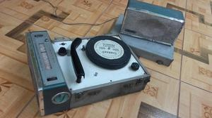 Radio tocadisco antiguo marca HERTON made in japon