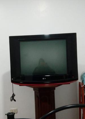 Televisor LG de 29 slim
